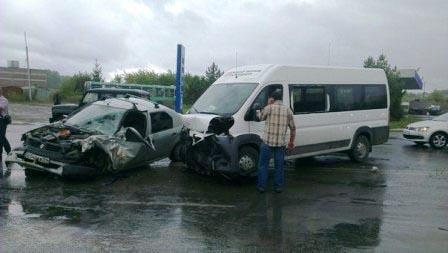 В Хакасии произошло очередное ДТП с участием маршрутного автобуса