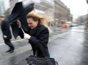 В Хакасии ожидаются дожди, грозы и сильный ветер